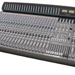 Soundtracs Topaz MKI 32:8 Console